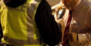 Die Polizei macht darauf aufmerksam, dass durch alkohol- und suchtgiftbeeinträchtigte Fahrzeuglenker weiterhin entsprechende Priorität eingeräumt wird.Foto: APA