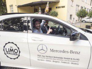 """<p class=""""caption"""">Mobilitätspartner Mercedes Schneider und ihr Headquarter in der Gelben Fabrik.</p>"""