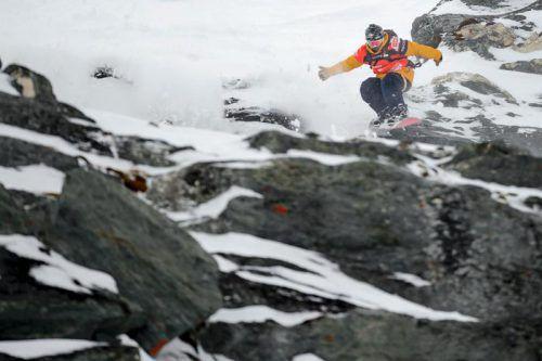 """<p class=""""title"""">               Xavier de              </p><p class=""""title"""">               Le Rue             </p><p>Der Franzose fand vom alpinen Snowboard-Sport über Boardercross den Weg zum Freeriden. Mittlerweile ist er dank seines aggressiven Fahrstils und seiner Präzision zur Ikone geworden. Seine Lieblingsdestination ist die Antarktis.</p>"""