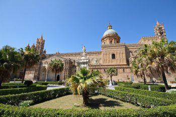 Sehenswürdigkeiten und Natur gilt es auf Sizilien intensiv zu genießen.
