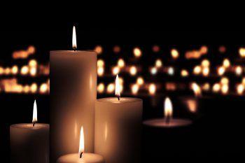 In Gedenken an verstorbene Kinder werden kommenden Sonntag, 9. Dezember, auf der ganzen Welt tausende Kerzen entzündet. Fotos: Shutterstock