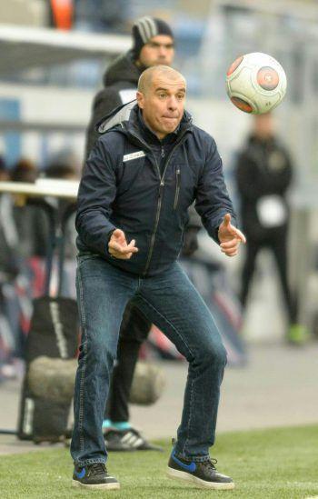 """<p class=""""caption"""">In der ersten Hälfte ging der Spielplan von SCRA-Coach Klaus Schmidt voll auf.</p>"""