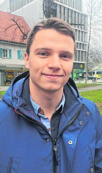 """Nicolai, 23, Bregenz: """"Die Olympischen Sommerspiele interessieren mich mehr als die Winterspiele, weil ich früher selbst lange Tennis gespielt habe. Wenn ich ehrlich bin, mache ich lieber selbst Sport, als anderen dabei zuzusehen."""""""