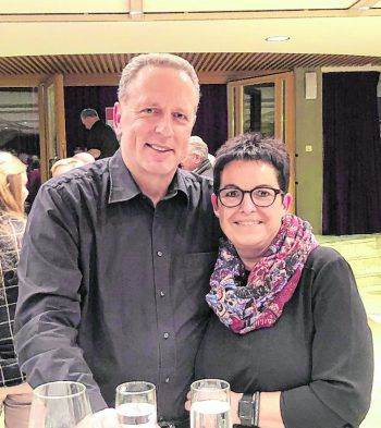 "<p class=""caption"">AK-Präsident Hubert Hämmerle mit Christine.</p>"