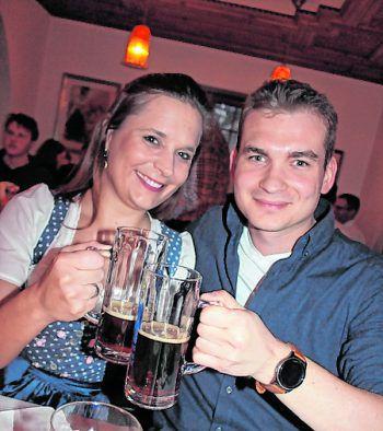 "<p class=""caption"">Anna-Lena Degen und Martin Almberger.</p>"