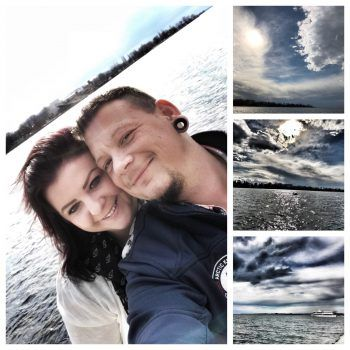 """<p class=""""caption"""">Claudia und Danny genießen die ersten warmen Sonnenstrahlen und Frühlingsgefühle am Bodensee.Fotos: handout/Privat</p>"""