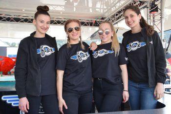 """<p class=""""caption"""">Das Flax-Team: Noa, Sabrina, Kim und Larissa.</p>"""