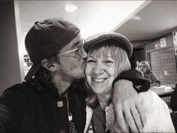 "<p>Happy: ""Harry Potter""-Star Tom Felton mit seiner Mum.</p>"