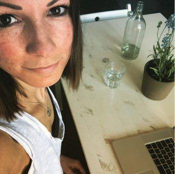 <p>Inspiriert: Christina Stürmer beim Songwriting.</p>