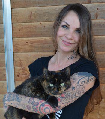 Kitty sucht ein neues Zuhause, wo sie sich wohlfühlen kann.Foto: Tierheim Marketing