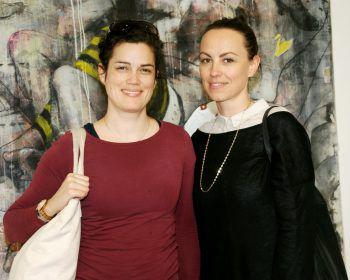 """<p class=""""caption"""">Lisa und Theresa im Bildraum Bodensee.</p>"""