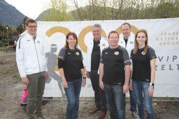 Roland Comploj, Ingrid Jenny, Georg Comploj, Willi Mungenast, Matthias Walter und Perrine Polombo. Fotos: Arno Meusburger