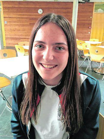 """<p>Sarah, 15, Großdorf: """"Ich wünsche mir, dass sie mindestens einmal am Wochenende offen hat. Die Eintritte sollten nicht übertrieben teuer sein und es sollte auch Veranstaltungen ab 16 geben. Ansonsten habe ich keine Sonderwünsche.""""</p>"""