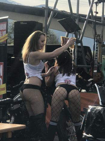 """<p class=""""caption"""">""""Sexy Harley-Wash"""" beim Open-House in Rankweil!</p>"""
