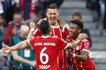 Torschütze David Alaba und der FC Bayern feierten einen 5:1-Heimsieg gegen Mönchengladbach.Foto: AP