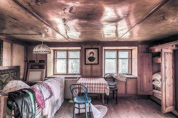 <p>Vergangen: Das alte Jägerhaus im Klostertal gibt Einblick in Vergangenes.</p>