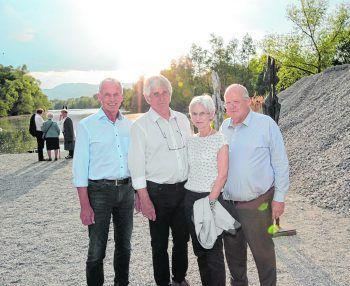 Bgm. Gottfried Brändle, Gastgeber Werner Kopf, Künstlerin Liz Gehrer und Gatte Leo.Fotos: Arno Meusburger