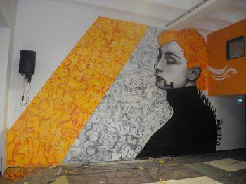 Ein modernes Grafitti ziert das neue Jugendhaus in Frastanz. Foto:handout/OJA