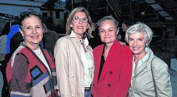 """<p class=""""caption"""">Rosemarie Rützler, Genate Giesinger, Star-Architektin Brigitte Weber und Elfriede Plangg.</p>"""