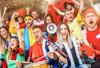 Morgen beginnt die Fußball-Weltmeisterschaft in Russland – passend dazu startet WANN & WO das große WM-Gewinnspiel. Fotos: Shutterstock