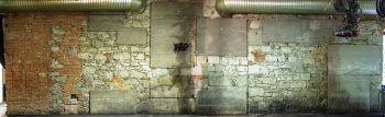 Alles, was auf diese Wand gemalt wird, kommt auf eine Webseite und wird dort verewigt. Foto: handout/Conrad Sohm