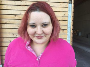 """Katharina, 29, Dornbirn: """"Mobbing ist für mich definitiv ein absolutes No-Go! Alle Menschen sind gleich. Ich finde es schade, dass man zum Beispiel zwischen Arm und Reich unterscheidet. """""""
