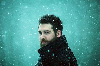 Chartstürmer Simon Lewis kann man kommenden Donnerstag live erleben.