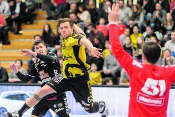 Am Freitag nehmen Kapitän Lukas Frühstück und Bregenz Handball mit den Fivers den amtierenden Meister ins Visier.Foto: Stiplovsek