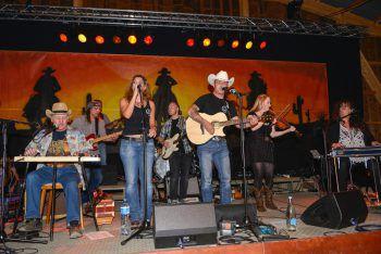 """Die """"Two Rocks Band"""" sorgt heute noch für Country-Stimmung in Meiningen. Foto: Two Rocks Band"""