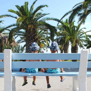 """<p class=""""caption"""">Andrej (3) und Matej (1) in Griechenland.Fotos: Privat</p><p class=""""caption"""" />"""