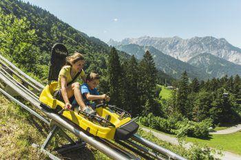 Der Alpine-Coaster verspricht Spaß für die ganze Familie. Foto: handout/Golm