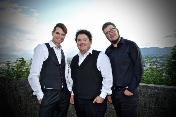 """Für die musikalische Umrahmung am Samstag sorgt die Band """"Mir Drei"""". Foto: handout/Mir Drei"""