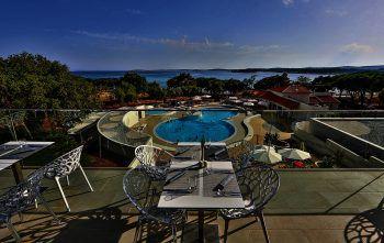 "<p class=""caption"">Hotel Park Plaza Belvedere in Istrien.</p>"
