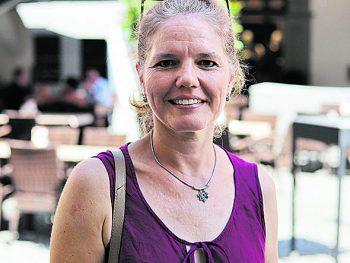 """<p>Petra, 47, Feldkirch: """"Als Mama sind neun Wochen Ferien sehr lange. Wenn die Kinder noch klein sind, brauchen sie rund um die Uhr eine Betreuung. Eine Umverteilung aufs restliche Jahr würde ich super finden.""""</p>"""