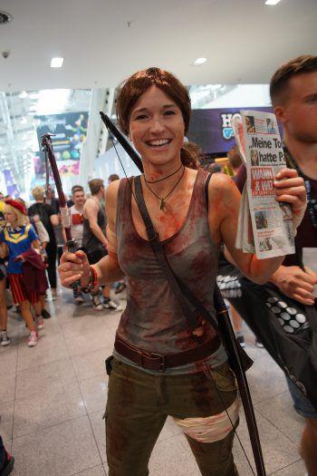 Tomb Raider Lara Croft hat die WANN & WO auf der gamescom entdeckt.