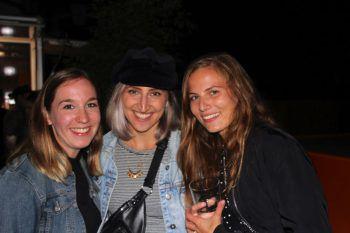 """<p class=""""caption"""">Eva Stern, Maria Berchtold und Sissi Vogelsberger.</p>"""