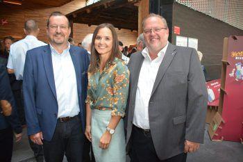 "<p class=""caption"">Messepark-GL Burkhard Dünser mit Eva Voit und Ernst Schmid.</p>"