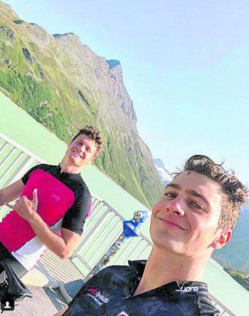 <p>Sportlich: Alessandro und Gino Hämmerle unterwegs auf einer Biketour.</p>