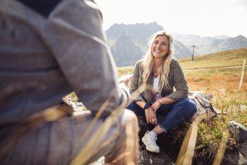 """WANN & WO traf """"Mountain Girl"""" Linda Meixner in ihrem geliebten Montafon. Im Sonntags-Talk gewährt die sympathische Gargellnerin private Einblicke.Fotos: Sams"""
