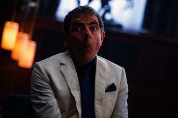 """12.30 Uhr: Rowan """"Mr. Bean"""" Atkinson in """"Johnny English – Man lebt nur dreimal""""."""