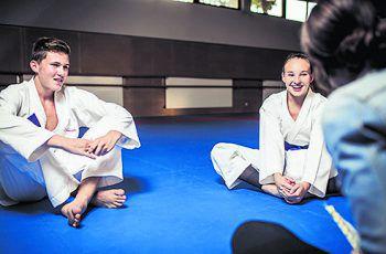 """<p class=""""caption"""">Adrian und Hanna im Gespräch mit W&W.</p>"""