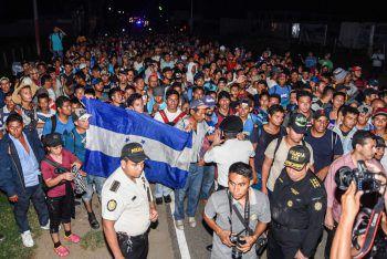 <p>Chiquimula. Zahllos: Migranten auf dem Weg Richtung USA erreichen Guatemala. Fotos: AFP, APA, Reuters, AP</p>