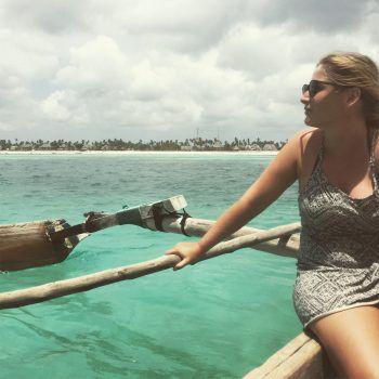 """Den Blick schweifen lassen: """"Je weiter man mit dem Boot auf den Ozean hinausfuhr, desto schöner wurde das Wasser."""" Fotos: handout/privat"""