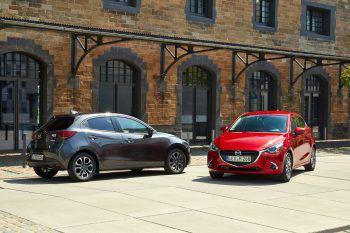 Mit einem schnittigen Flitzer durch den Winter: Den Mazda 2 gibt es jetzt bei Mazda Meusburger zum super Aktionspreis.