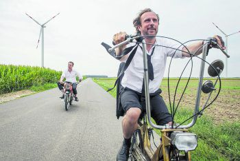 """Die Brüder durchqueren Deutschland und fahren dabei nie schneller als """"25 km/h"""".Foto: Sony"""