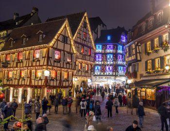 Die Märkte in Colmar und Straßburg versprechen Weihnachtsstimmung pur.
