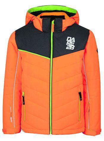 """<p class=""""caption"""">Die Skijacke für Kinder von D2b ist wasserdicht (20.000 mm Wassersäule) und sorgt für wohlige Wärme. Sie verfügt über integrierte Schneegamaschen, eine Skipasstasche sowie reflektierende Details für eine optimale Sichtbarkeit. Bei Panto Outdoor ist die Jacke in verschiedenen Farben erhältlich und kostet 59,99 Euro.</p>"""