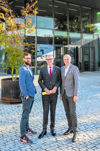 Dr. MMag. Thomas Metzler, KommR Betriebsökonom Wilfried Hopfner, Prof. (FH) Dr. Markus Ilg.Foto: Raiffeisenlandesbank Vorarlberg