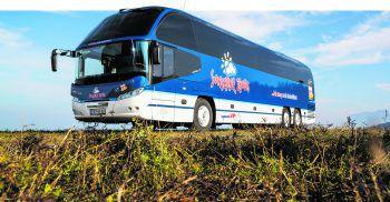 Ein wahres Prachtstück, das vollsten Komfort bietet: der Luxusbus von Sunshine Tours.