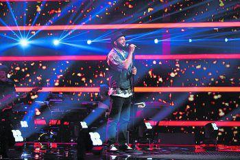 """Giuliano bei seinem Auftritt bei """"The Voice"""".Foto: ProSieben/SAT.1/André Kowalski"""